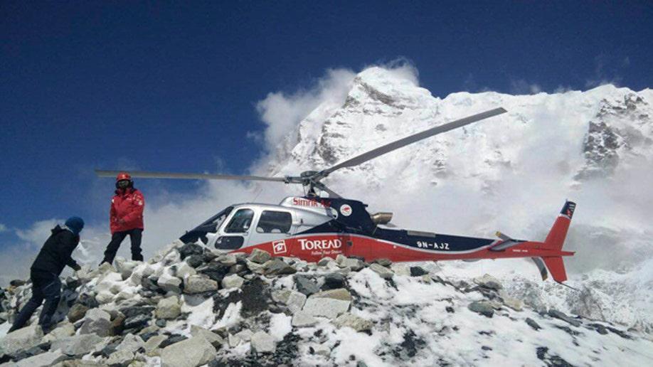 d58bd9ca-Nepal Earthquake Avalanche