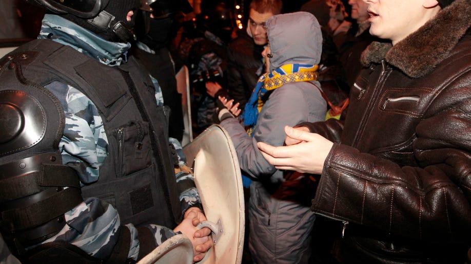 1f9135cd-Ukraine Protest
