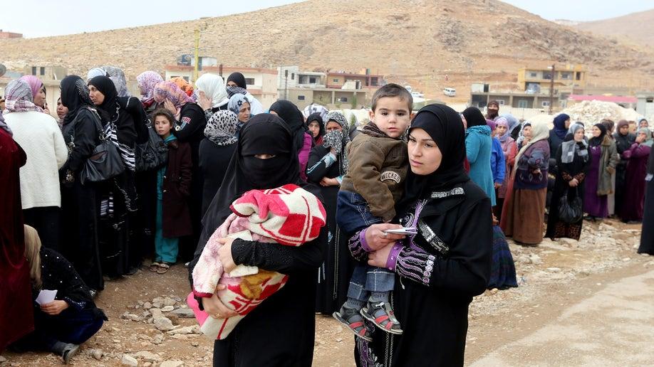 24866e67-Mideast Lebanon Syria