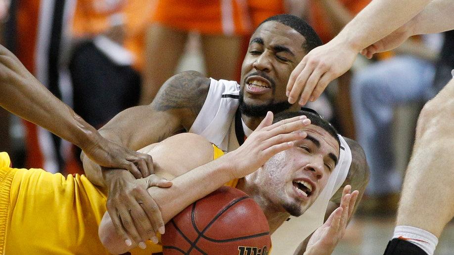 633e0b55-Iowa St Oklahoma St Basketball