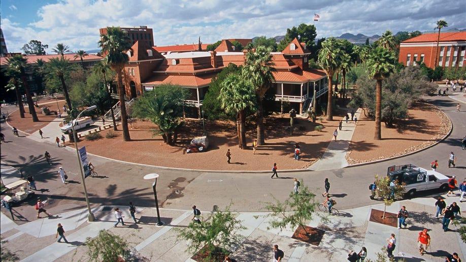 0f460947-Travel-Trip-5 Free Things-Tucson