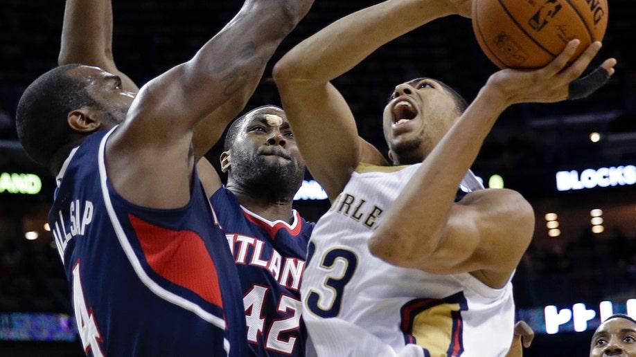 654d5ca1-Hawks Pelicans Basketball