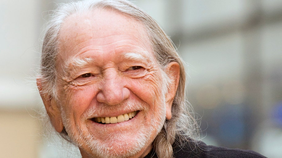056840d3-Music Willie Nelson