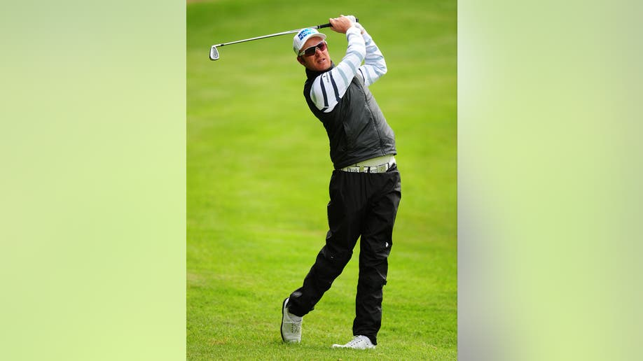 603e1516-Britain Golf