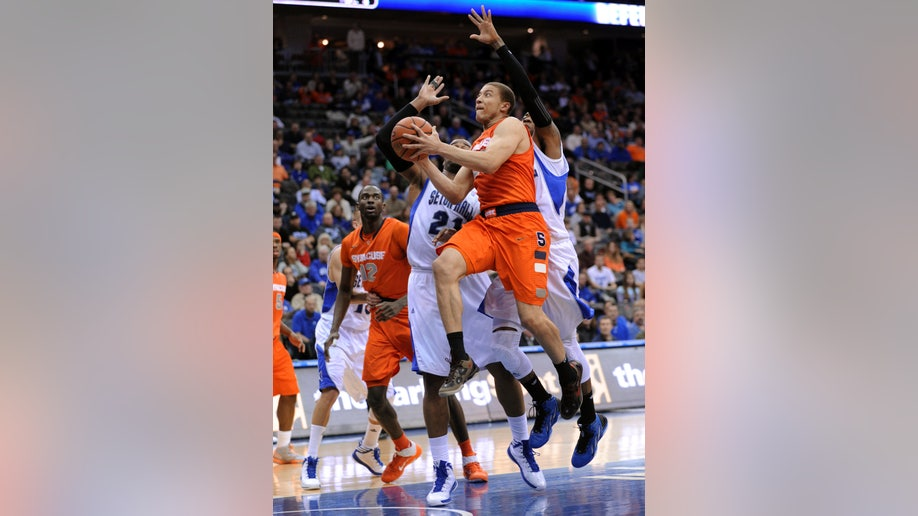b2e7dc39-Syracuse Seton Hall Basketball