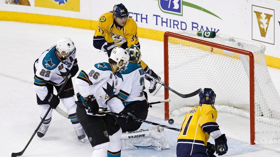 699072fa-Sharks Predators Hockey