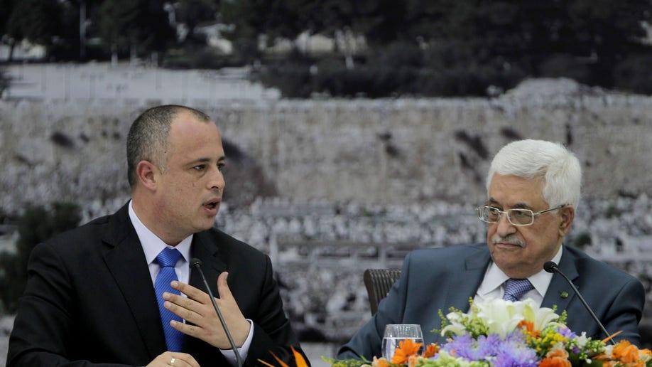 38c52d53-Mideast Israel Palestinians