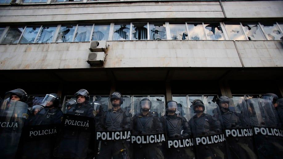 662d407f-Bosnia Protest