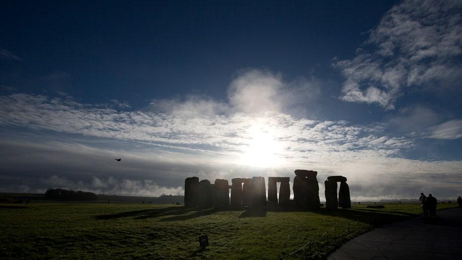 3897c00d-Britain Stonehenge