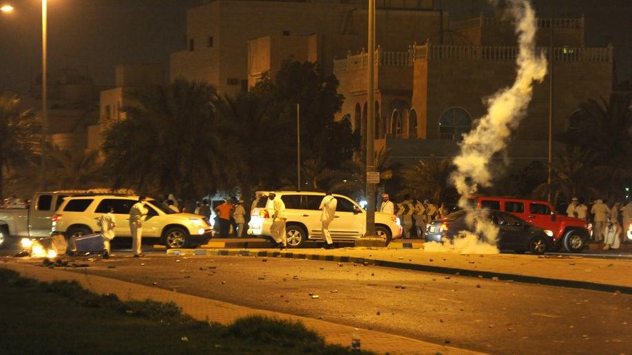 fd1db69e-Mideast Kuwait Showdown