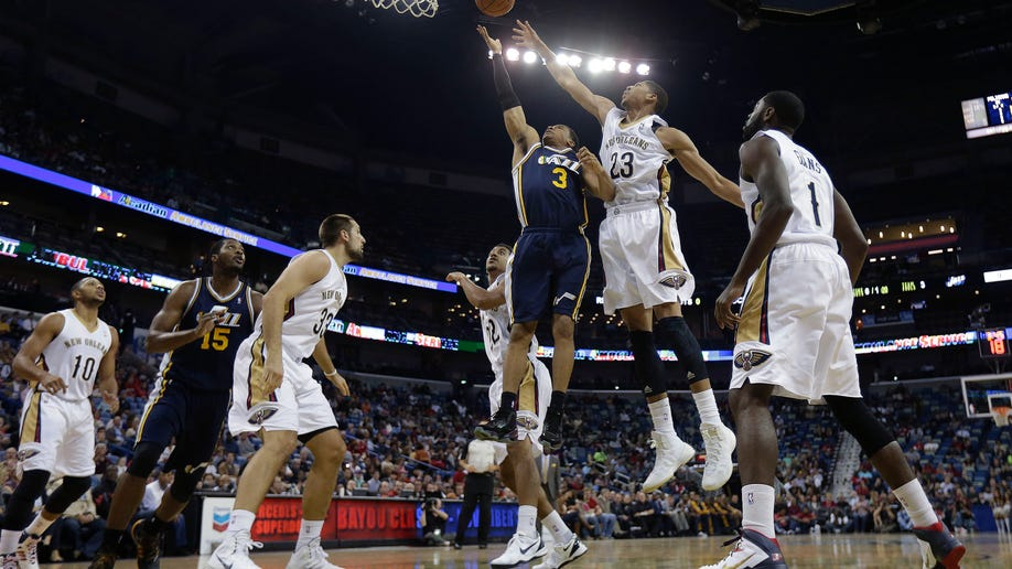 55339e14-Jazz Pelicans Basketball