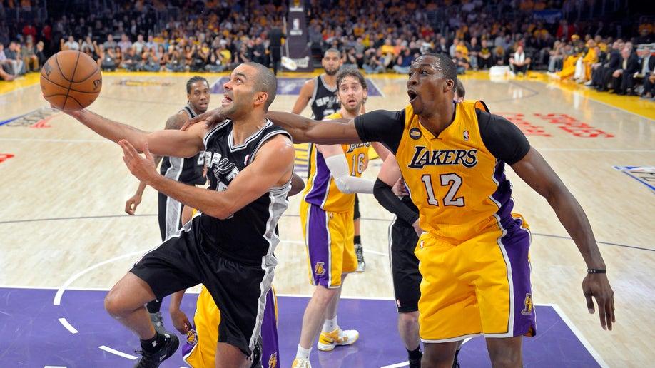 eca01e2a-Spurs Lakers Basketball