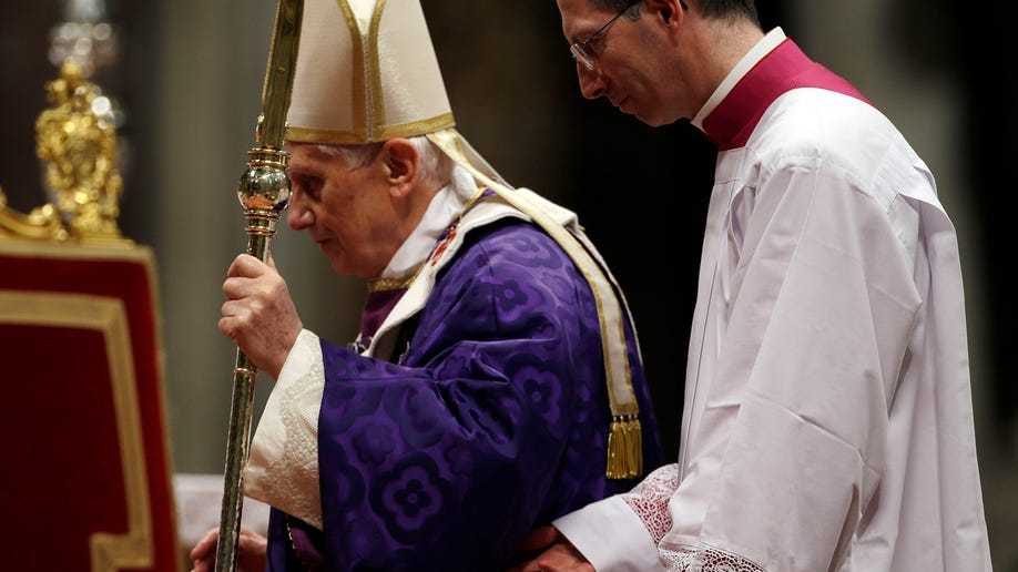 7087634b-Vatican Pope Ash Wednesday