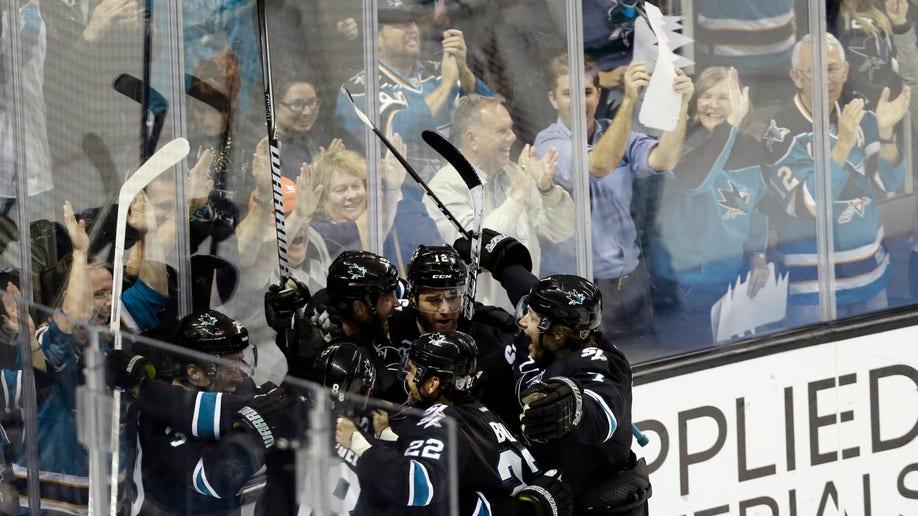 dbd3bdc9-Canucks Sharks Hockey