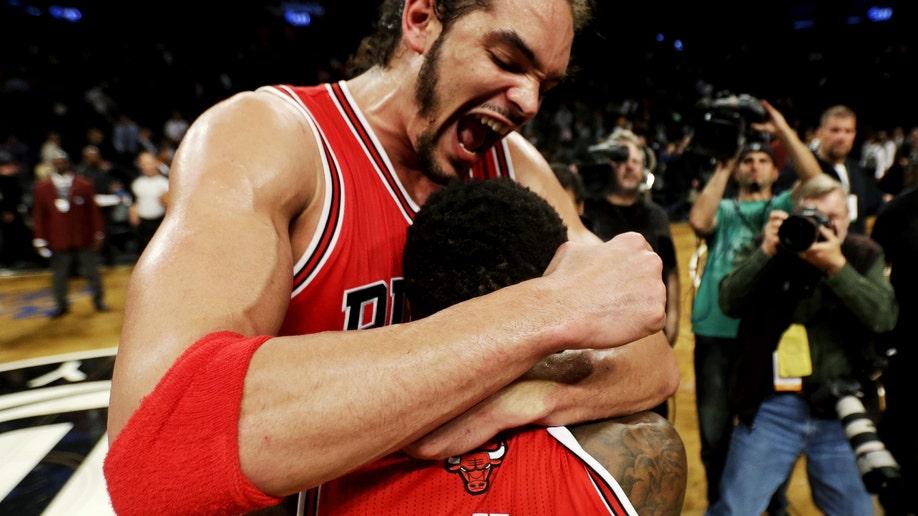 d3bb8ab1-APTOPIX Bulls Nets Basketball