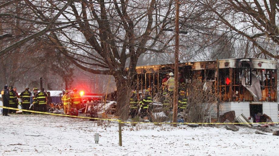e58e208e-Fatal Fire Mobile Home