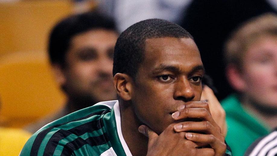 b553f4cc-Raptors Celtics Basketball