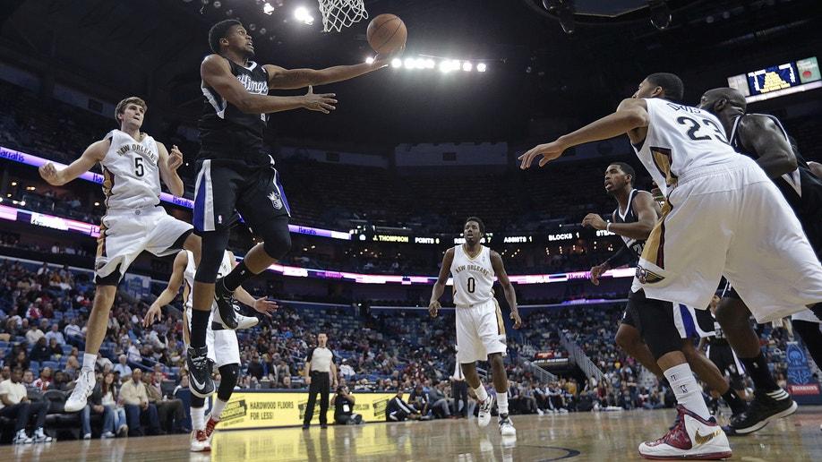 de5946db-Kings Pelicans Basketball