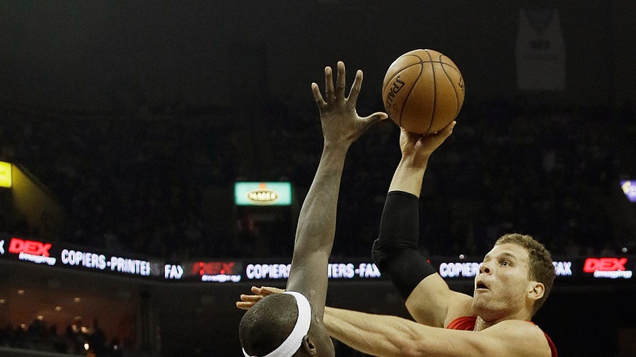 1a4a275e-Clippers Grizzlies Basketball