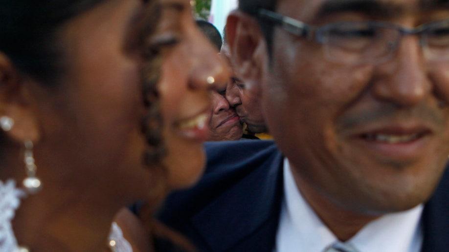 d8ec068e-Nicaragua Mass Wedding