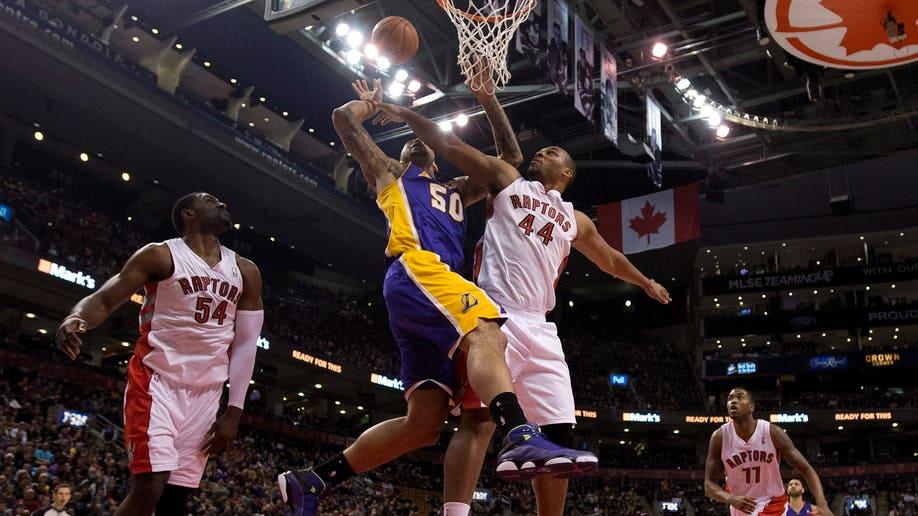 892e9be6-Lakers Raptors Basketball