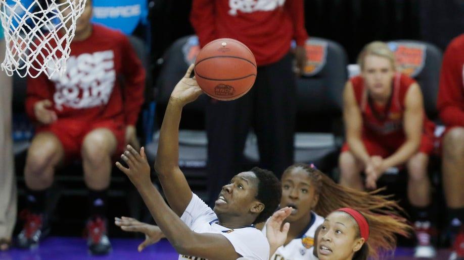 eba0da11-Final Four Louisville California Basketball