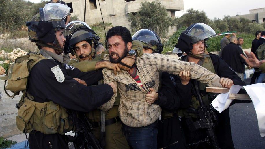 e37ff165-Mideast Israel Palestinians