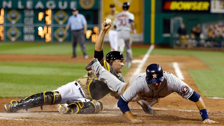 CORRECTION Astros Pirates Baseball