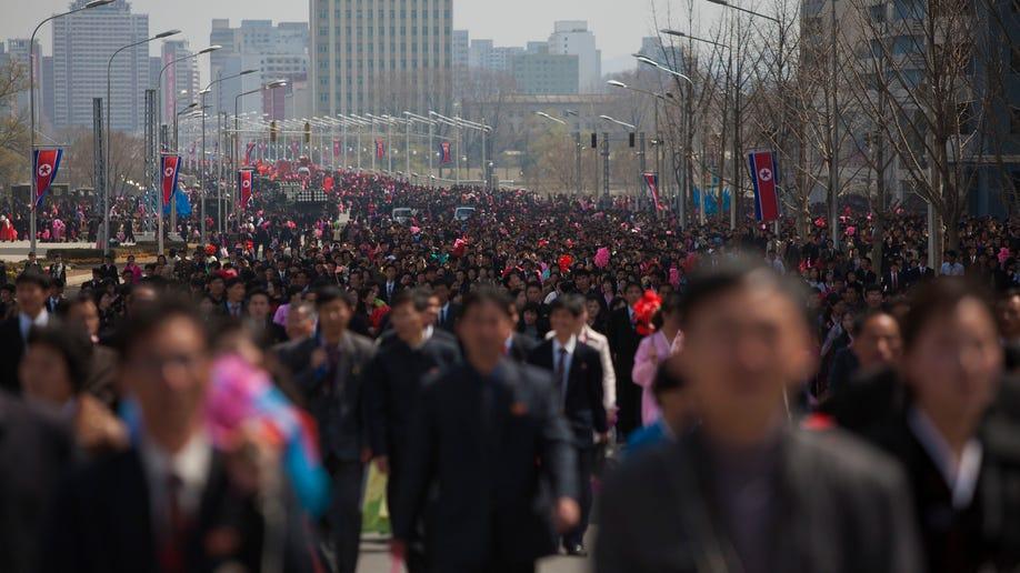6fb3db3e-North Korea Caste and Money