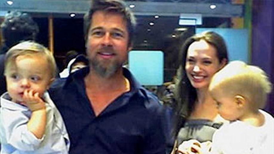 e28cd9d7-Brad Pitt and Angelina Jolie