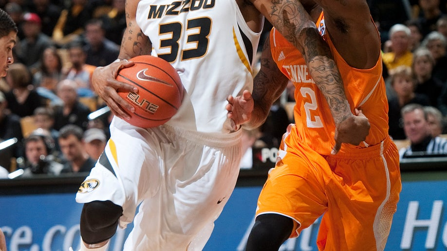 04cb12e9-Tennessee Missouri Basketball