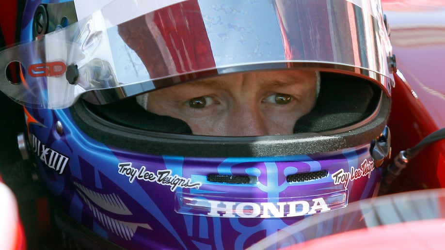 2eb20745-IndyCar Fontana Auto Racing