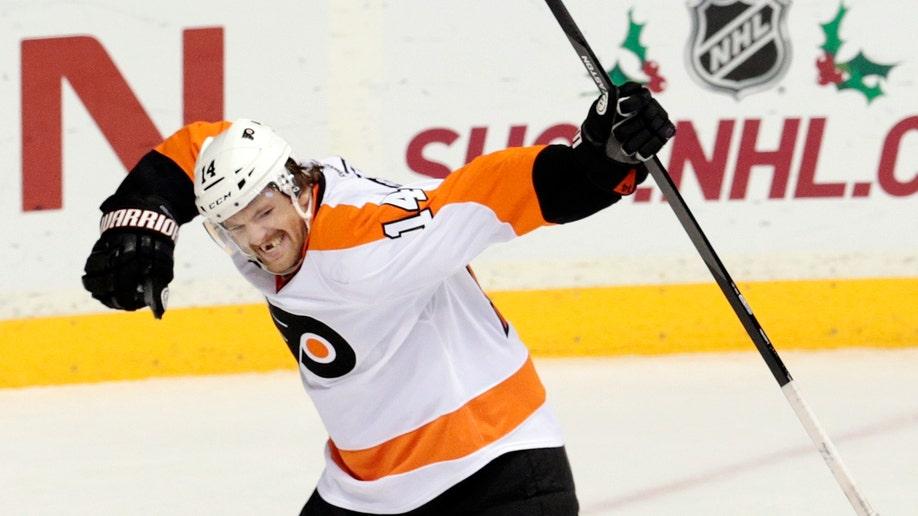 37868df4-Flyers Predators Hockey