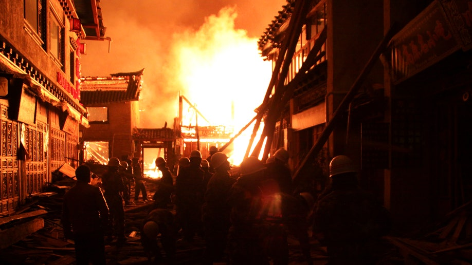 c49cdc99-China Ancient Town Fire