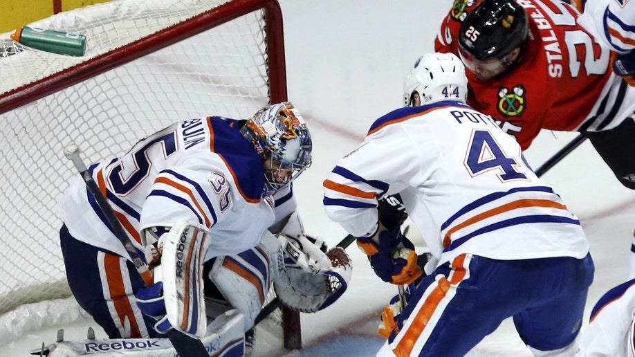 e683b7d7-Oilers Blackhawks Hockey
