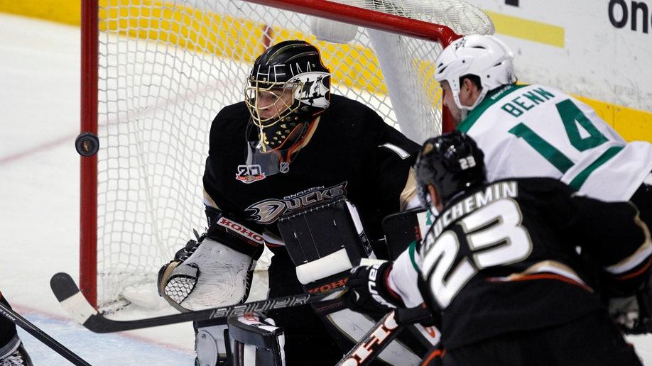 90b2cddc-Stars Ducks Hockey