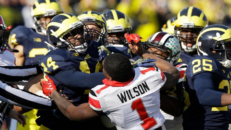 6b4c6a5f-Ohio St Michigan Football