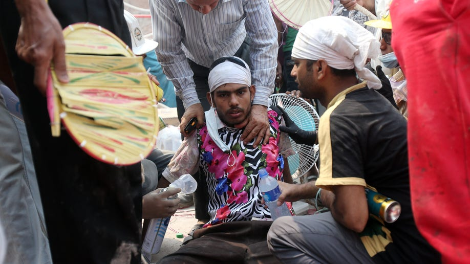 6734f9e8-Bangladesh Everyday Heroes