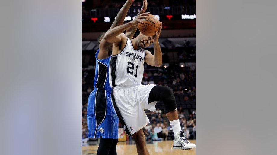 8865ffa1-Magic Spurs Basketball