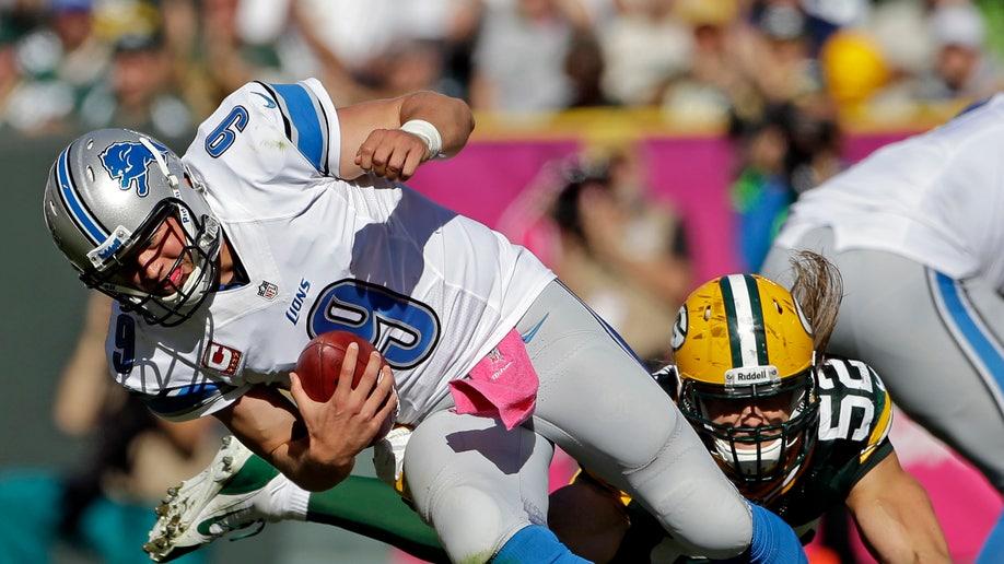 f21fe3eb-Packers Matthews Football