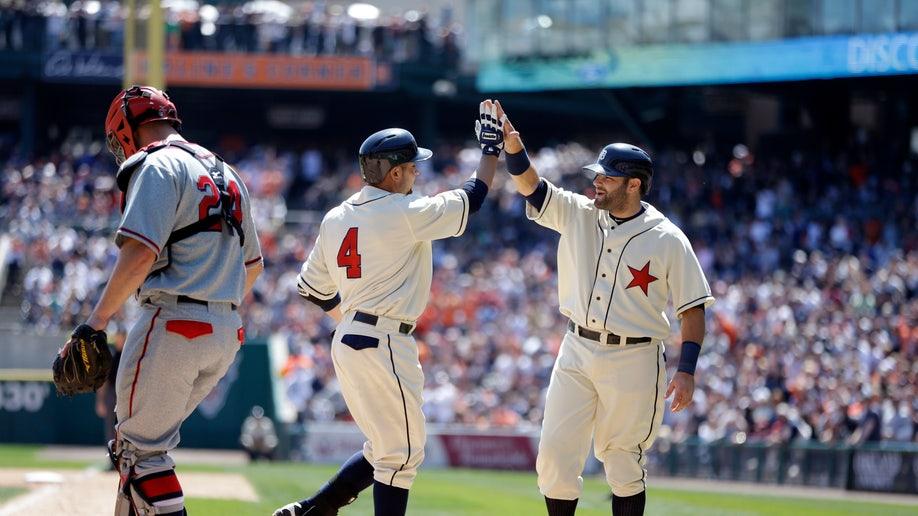 399e0ee7-Braves Tigers Baseball