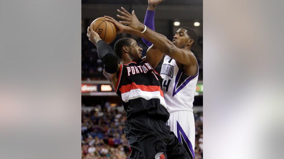 99b5c209-Trail Blazers Kings Basketball