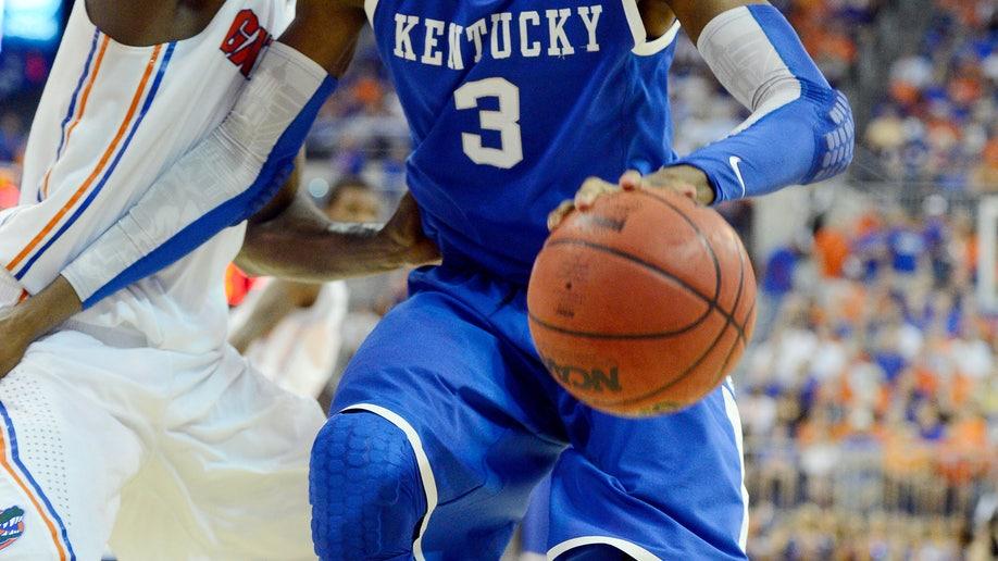 fcb8e022-Kentucky Florida Basketball