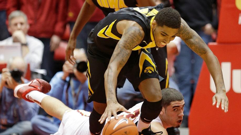 cba04ced-Iowa Iowa St Basketball