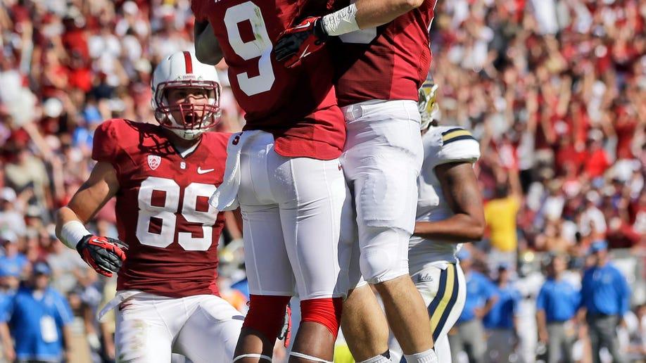 ec57d265-UCLA Stanford Footbal