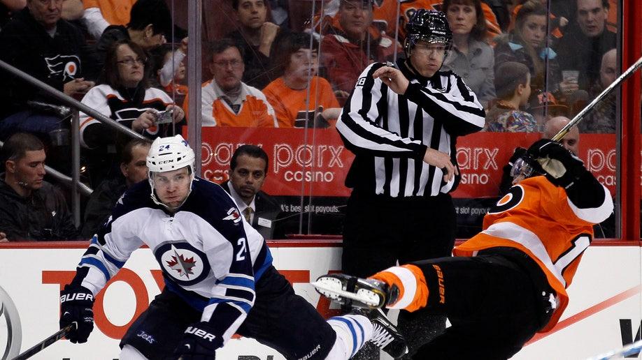 27738ad6-Jets Flyers Hockey
