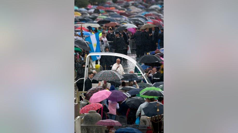 16f51b54-Vatican Pope