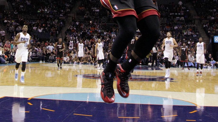 7f0f03ab-Heat Bobcats Basketball