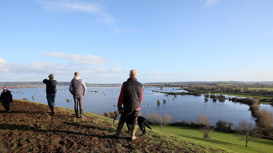341c5a5c-Britain Endless Flood