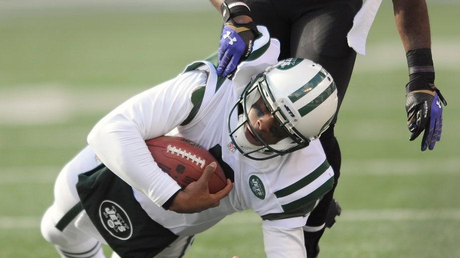 ef78cd88-Jets Ravens Football